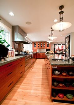 Get the Look: Timeless Traditional Kitchen — Style & Renovation Resources