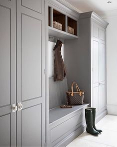 """I love a good mudroom!. credit: https://instagram.com/p/Bb7JGU8BKtd/ @humphreymunson"""