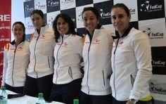 Equipo español de Copa federación con la ropa de Naffta.