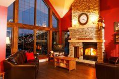 Description   Cottage 10 Chemin Blanc   Les Chalets Alpins Stoneham - Hébergements Touristiques