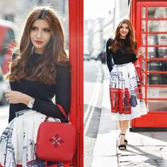 London Fashion Week FW Day 1 (by Larisa Costea) Uk Fashion, London Fashion, Fashion Design, Fashion Trends, Street Fashion, Fashion Ideas, Chicwish Skirt, Mysterious Girl, Lady In Red