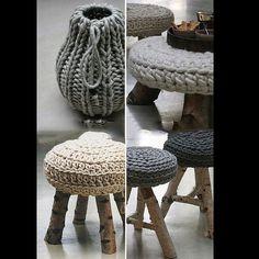 warm & cozy knits by the style files zpagetti garn? Crochet Home Decor, Crochet Crafts, Crochet Projects, Diy Projects, Diy Crafts, Diy Crochet, Crochet Ideas, Crochet Poncho, Crochet Designs