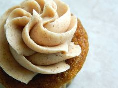 I Knead to Bake: Cinnamon Buttercream Frosting