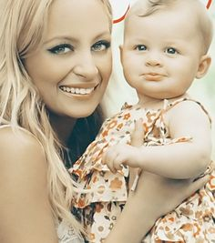 Nicole Richie and daughter, gorgeous pic #ritchie