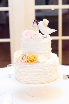 Wedding cake with Bird Toppers