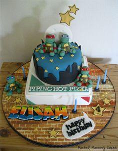 Torta delle Tartarughe Ninja con decorazioni in pasta di zucchero n.07