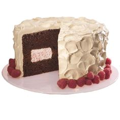 Mocha Raspberry Decadence Cake - This elegant cake will make any birthday celebration special. It´s equally at home with coffee, espresso or sparkling wine. And, believe it or not, thanks to the use of quality convenience ingredients, the cake is super simple to prepare even for a novice baker. Watch our online video.