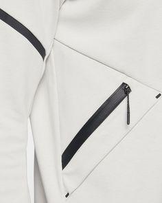 Giacca Nike Sportswear Tech Fleece Repel Windrunner - Uomo Tech Fleece, Future Fashion, Sport Wear, Nike Sportswear, Sport Fashion, Fashion Details, Urban Fashion, Men's Jacket, Men Coat