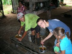 Globe Aware Volunteer Vacations - Rain Forest, Costa Rica - Making Dulce from fresh sugar cane.