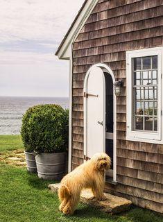 Marthas Vinyard, Montauk Beach, Shingle Style Homes, Beach Cottage Style, Design Blog, Design Art, Beach Cottages, Beach Houses, Home Staging