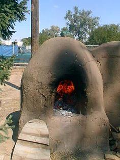 Horno (outdoor oven)