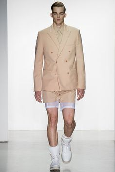 Who wear short shorts: Calvin Klein Collection Spring 2015 Menswear Collection Slideshow on Style.com