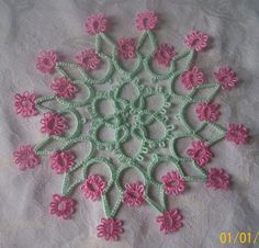 Beautiful tatted doily by Ana