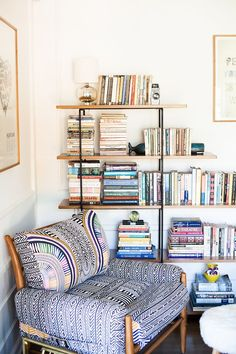 HOME SWEET HOME Love this as a reading nook idea in the corner of the living room by the brick wall. My Living Room, Home And Living, Living Spaces, Home Interior, Interior Design, Interior Ideas, Kitchen Interior, Deco Design, Design Design