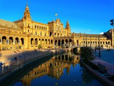 Seville also boasts three UNESCO World Heritage Sites – the Cathedral, the Alcázar palace complex and the General Archive of the Indies. It is the capital city of Andalucia and is quite expensive but definitely worth it! Best Cities In Spain, Valencia, Backpacking Spain, Spanish Holidays, Barcelona, Spanish Towns, Seville Spain, Granada Spain, Skyline