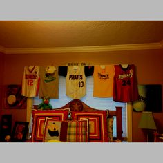 Attractive Jersey Valance For Boys Room! She Took His All Star Shirts And Jerseys And  Made