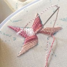 Tutorial Star, Tucker - I've tried to embroider stars before and made a mess of it. This looks like it would work.Nx