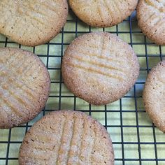 The heat wave broke and the cool breezes are blowing. Let's Bake!! Crispy Peanut Butter Cookies!