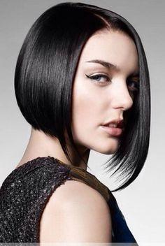 Corte de cabello concavo en capas
