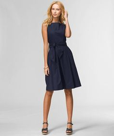 Poplin dress from LL Bean Signature - classic style, looks so easy to wear.