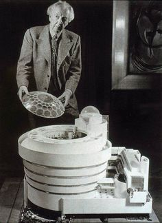 Frank Lloyd Wright and the Guggenheim Museum Model