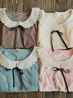the Peter Pan collars look so vintage and they are so sophisticated! Kawaii Fashion, Cute Fashion, Asian Fashion, Look Fashion, Vintage Fashion, Womens Fashion, Retro Mode, Mode Vintage, Girly