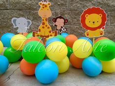 Jungle Safari Baby Shower or Birthday Balloon Centerpieces for guest or main… Birthday Balloons, 1st Birthday Parties, Safari Table Decorations, Balloon Centerpieces, Jungle Safari, Baby Boy Shower, Birthdays, Etsy, Party