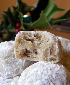 MIH Product Reviews & Giveaways: Mexican Wedding Cookies
