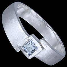 Sterling silver ring, CZ, band
