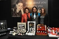 Here is a pic of some of the Fabulous Fabuleux Vous team at the New Zealand Jewellery fair  - awesome looking set-up!