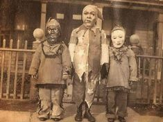 vintage everyday: A Collection of 26 Nightmarish Vintage Halloween Photos from the 1930s