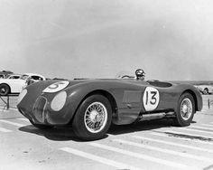 C-type at one of the last races at AFB Lockbourne, 1953 Jaguar Type, Jaguar Cars, Jaguar Xk120, Automotive Design, Photo Archive, Car Pictures, Aston Martin, Cars Motorcycles, Vintage Photos