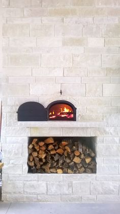 Customer installed 950 B in their outdoor patio. The stone finish they chose looks GREAT! #950b, #brickoven, #pizzaoven, #fire, #outdoorkitchen, #tx, #dallas