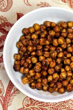 A high-protein, sweet, low-calorie roasted chickpea snack that satisfies crunchy cravings.