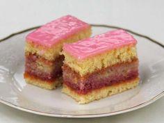 Chod: Zákusky a koláče - Page 18 of 254 - Mňamky-Recepty. Bake Off Recipes, Baking Recipes, Cake Recipes, Food Cakes, Cupcake Cakes, Lactose Free Cream, Torte Cake, Sweet Cakes, Fabulous Foods