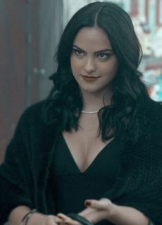 Veronica Lodge Riverdale Dylan Sprouse, Cole M Sprouse, The Veronicas, Vanessa Morgan, Veronica Lodge Aesthetic, Veronica Lodge Riverdale, Camila Mendes Veronica Lodge, Petsch, Camila Mendes Riverdale