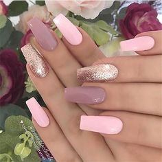 Coffin acrylic nails are especially fancy with plenty of nail designs for fantastic manicure types. In fact, we've found enough nail designs that you'll be set all year. Mauve Nails, Rose Gold Nails, Bright Pink Nails With Glitter, Pale Pink Nails, Pink Glitter, Acrylic Nail Designs, Nail Art Designs, Acrylic Nails, Nails Design