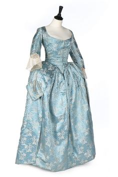 Robe à l'anglaise, 1770′s From Kerry Taylor Auctions