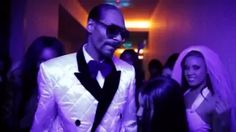 Snoop Dogg - 'Sweat' Snoop Dogg vs David Guetta (Remix) - YouTube