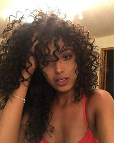 hairstyles with bangs 2019 is a short curly hairstyles curly. Inverted Bob Hairstyles, Long Face Hairstyles, Ethnic Hairstyles, Long Bob Hairstyles, Headband Hairstyles, Girl Hairstyles, Wedding Hairstyles, Short Curly Hair, Curly Girl