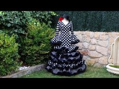 Vestido flamenco de mujer 2ª parte, Como hacer un vestido flamenco. - YouTube Diy Clothes And Shoes, Sewing Hacks, Sewing Patterns, Costura Diy, Costumes, Knitting, Womens Fashion, Dresses, 1920s
