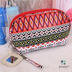 2017  Newest Women Fashion PVC Geometric Ethnic Girls Make Up Bag maquilhagem Cosmetic case