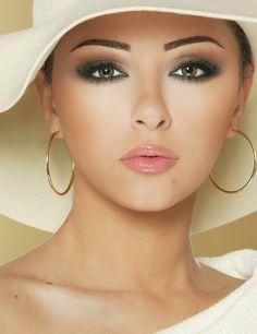Myriam Fares 