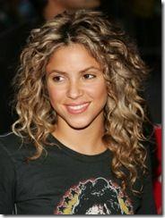 2011 -Shakira- hairstyles