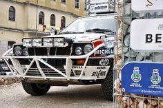 #rally #rallye #rallycar #racecar #motorsport #martini #martiniracing #lancia #lanciadelta #delta #fiat #abarth #porsche #audi #bmw #renault #peugeot #alfaromeo #safari #offroad #stradamotives #rallyvalpantena #amazingcars247 #carswithoutlimits