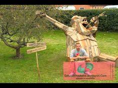 Video Patung Kayu Raksasa