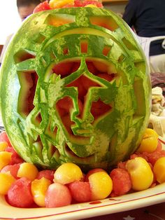 Lady Liberty fruit carving