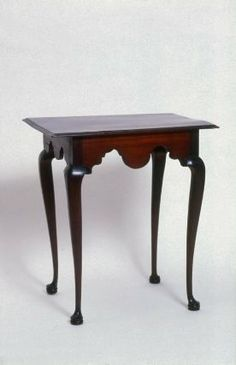 Tea Table, Massachusetts, 1740-60. Mahogany and pine. Museum of Fine Arts, Boston.