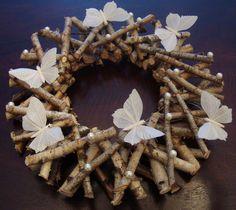 na Czterech Wiatrów: Wielkanocne wianki, wianki na drzwi - archiwum.... Burlap Wreath, Christmas Wreaths, Diy And Crafts, Create, Holiday Decor, Handmade, Design, House, Home Decor