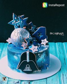 Star Wars galaxy cake - Star Wars Cookie - Ideas of Star Wars Cookie - Star Wars galaxy cake Birthday Cake Fondant, Star Wars Birthday Cake, Fondant Cupcakes, Birthday Cupcakes, Cupcake Cakes, Star Wars Torte, Star Wars Cake Toppers, Star Wars Cookies, Cake Cookies